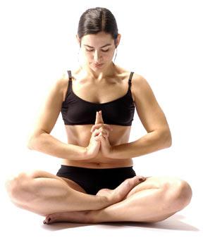 Hilangkan Stres dengan Restorative Yoga 6