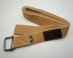 tortue yoga strap - light brown